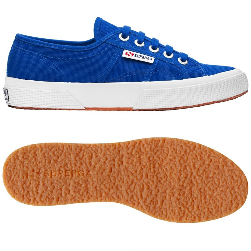 Superga clásica 2750 azul sea